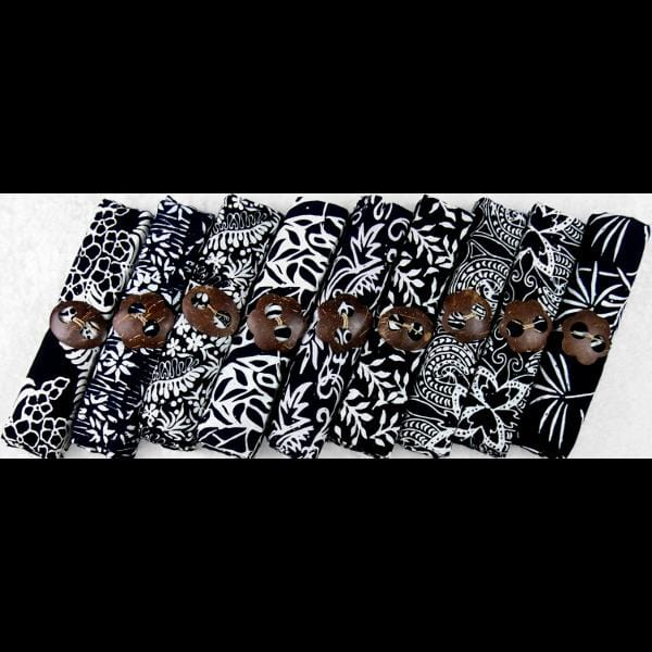 Premium Quality Black and White Batik Sarong & Sarong Clip-Sarongs-Peaceful People