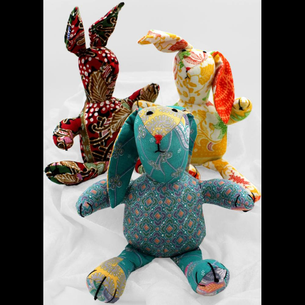 Antique Batik Rabbit-Handicrafts-Peaceful People