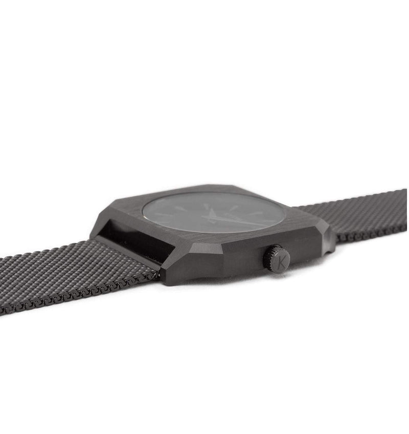 Watch 1B - Black/Black with Mesh