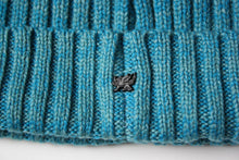 Load image into Gallery viewer, Beanie in Teal