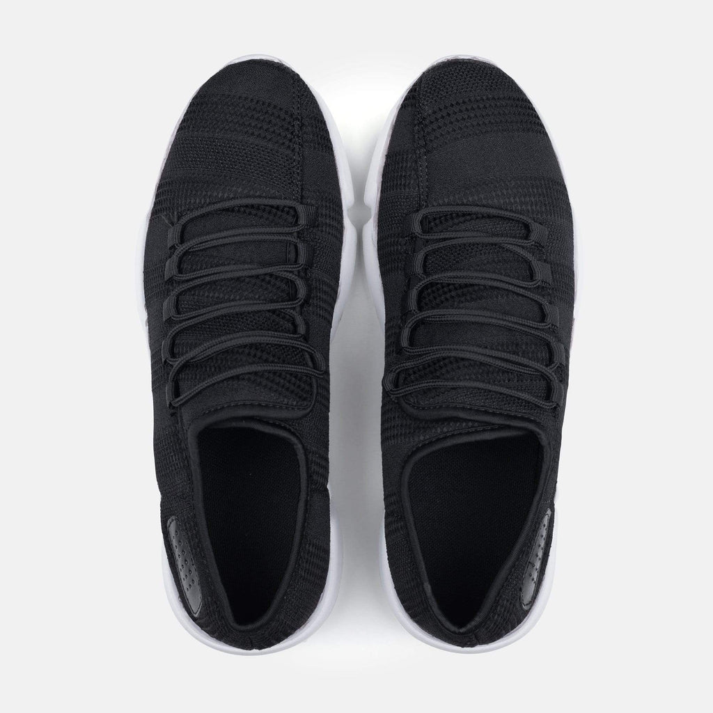 Redfoot Footwear Men's Breathable Black Mesh Sneakers - ��14.99!
