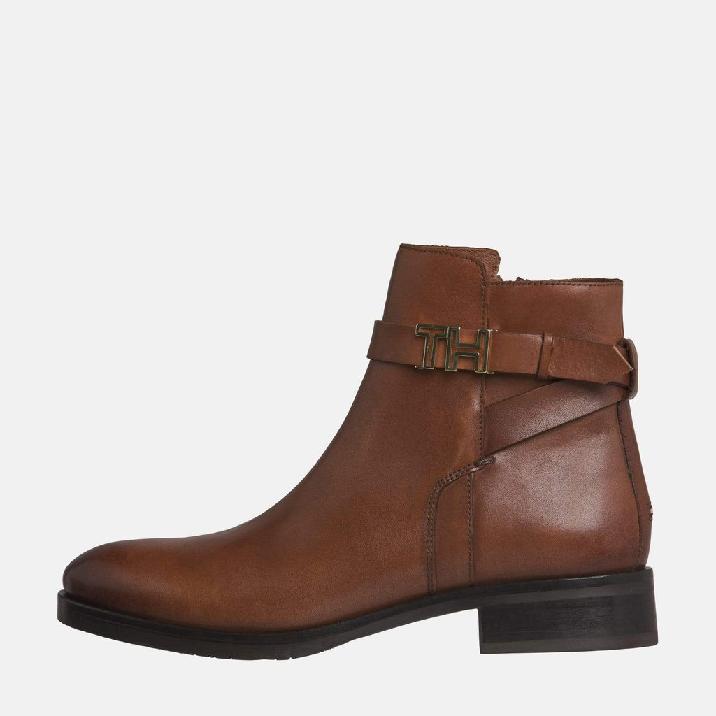 Tommy Hilfiger Footwear TH Hardware Leather Flat Bootie Gingerbread
