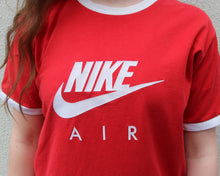Load image into Gallery viewer, Vintage Nike T Shirt Size Women's Medium