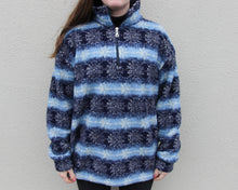 Load image into Gallery viewer, Vintage Fleece Size Women's Medium