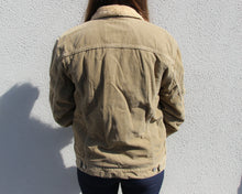 Load image into Gallery viewer, Vintage Levi's Cord Jacket Size Women's Medium