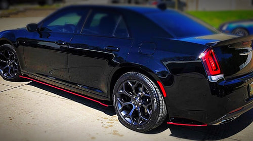 2012+ UP Chrysler 300 Carbonfiber Side Skirts