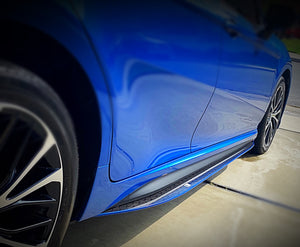 2018+ UP Toyota Camry Carbonfiber Side Skirts