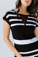 Load image into Gallery viewer, Straight Striped Dress