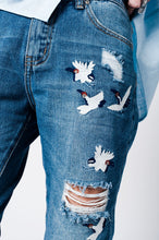 Load image into Gallery viewer, Blue Wash Mom Jeans Bird Embroidery