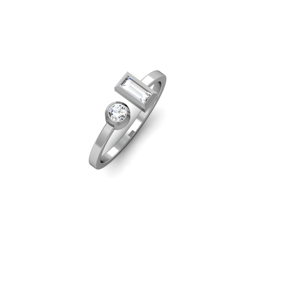 BALANCE RING WITH BAGUETTE AND ROUND DIAMONDS | ANILLO BALANCE CON DIAMANTES BAGUETTE Y REDONDO