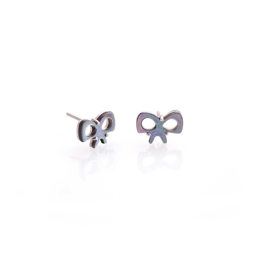 BOW NACRE EARRINGS | ARETES MOÑOS NACAR