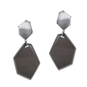 POLYHEDRON EARRINGS BLACK | ARETES POLIEDRO NEGRO