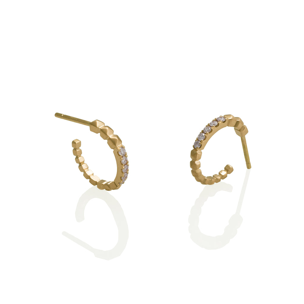 STUDS LOOPS WITH DIAMONDS | CANDONGAS CON TACHES Y DIAMANTES