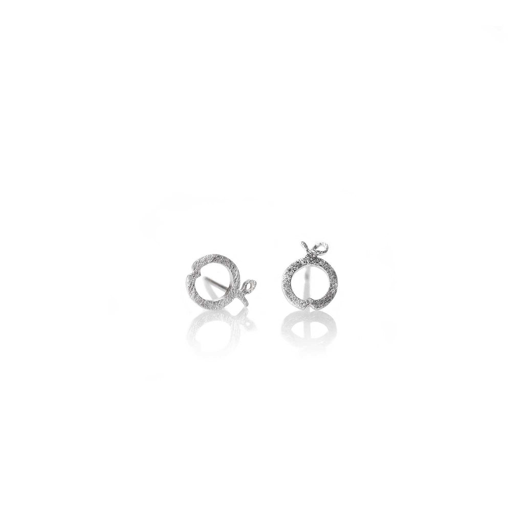 APPLE EARRINGS | ARETES MANZANA