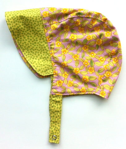 Blossom Reversible Bonnet