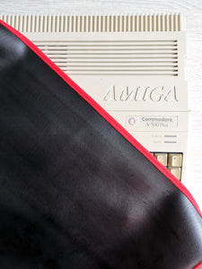 AMIGA 500 / AMIGA 500PLUS - FAUX LEATHER - BLACK - DUST COVER - STYLISH - RetroReady