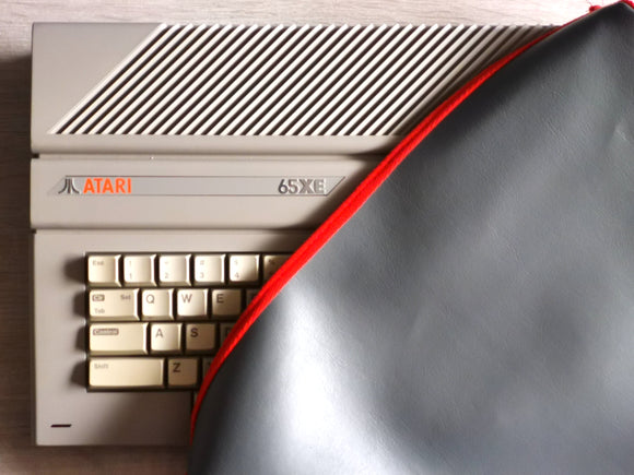 ATARI 800XE/65XE/130XE - FAUX LEATHER GREY DUST COVER - STYLISH