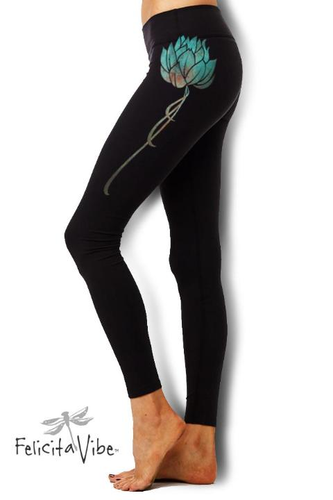 Blue Lotus Black Highwaisted Yoga Leggings