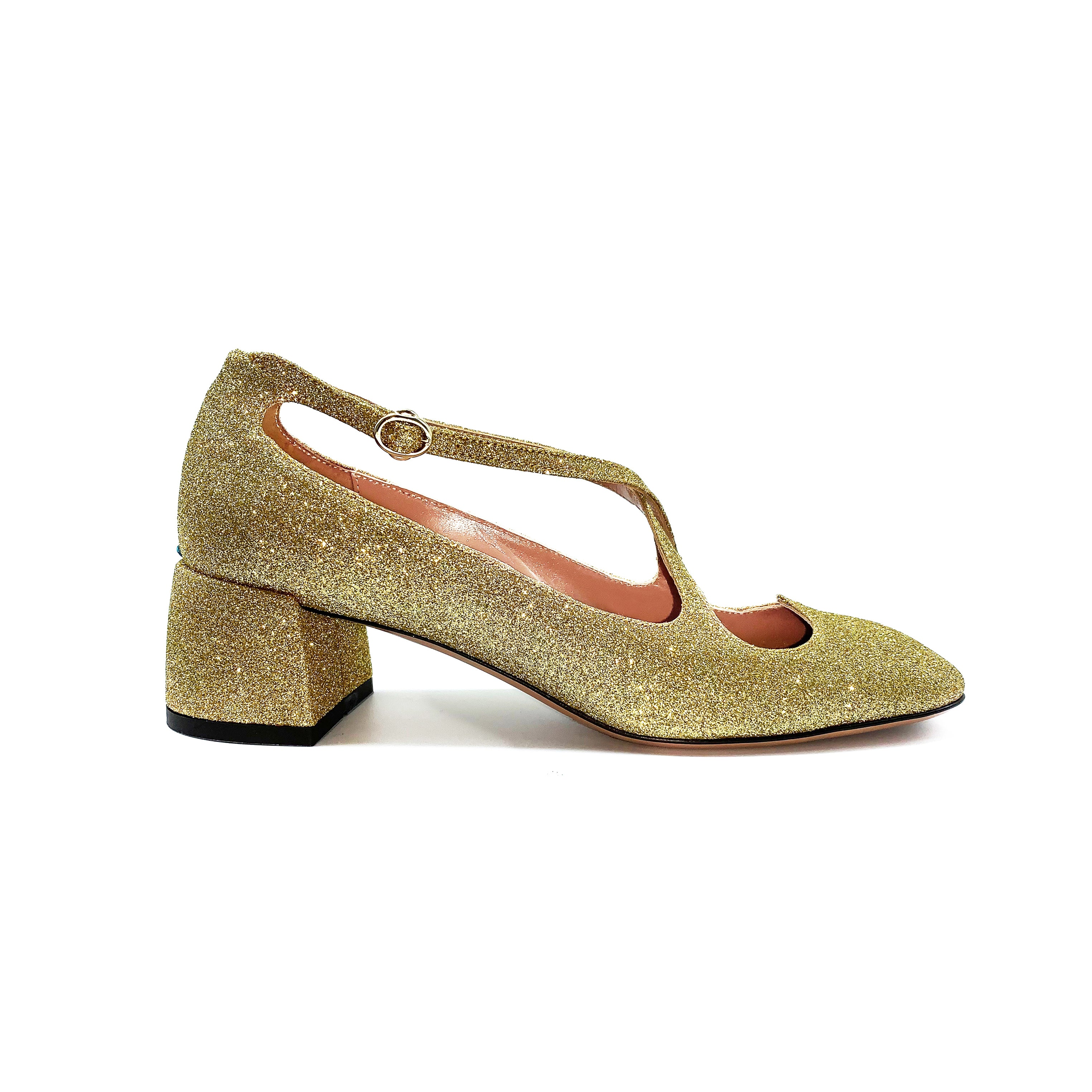 Pump Two for Love in glitter oro