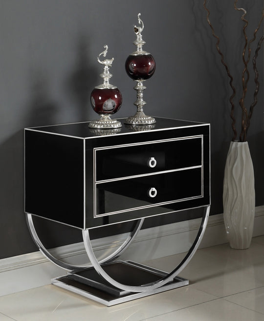 Ophelia Nightstand black with decorations