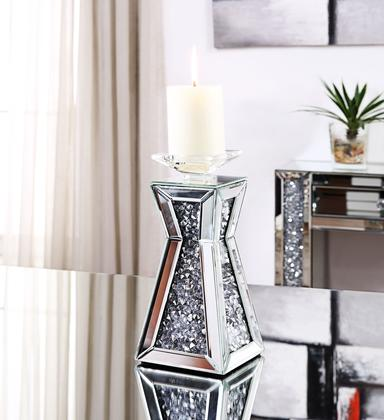 Janelle Candle Holder with decorations