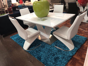 Vitalia 5PC Dining Set - Chairs Availables in White or Gray