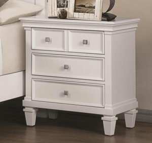 Alice in White Night Stand