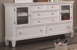 Alice in White Dresser