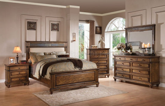 Amsterlynn Upholstered Oak Collection
