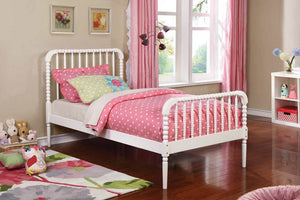Brylle White Twin Bed