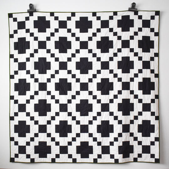 Modern Crossing Quilt