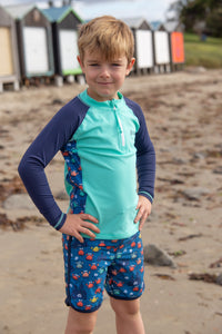 Size 2,6,7 CLEARANCE! Boardie 'n'rashie set 'Comic Crabs'