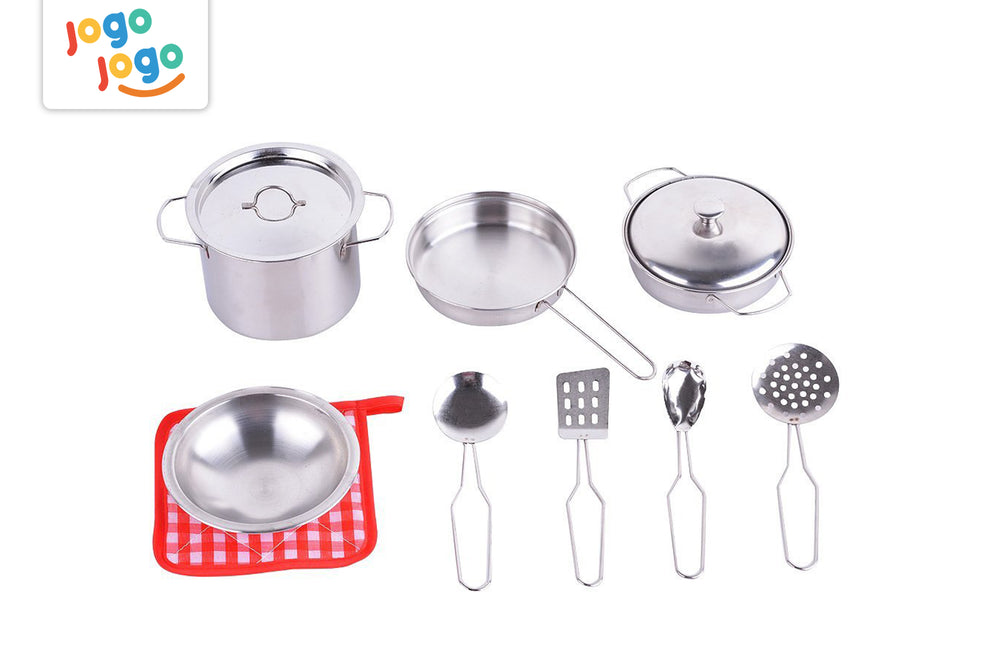 Playfood with pots and pans