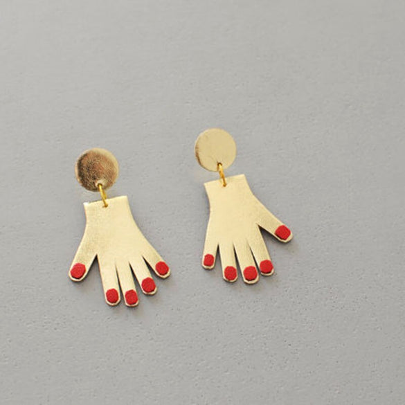 New Red Nails Plam Shaped Earrings 2018 Girls Tiny Gold Tone Hand Dangle Earrings For Women Femme Bijoux Brincos