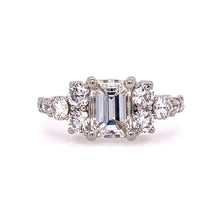 Load image into Gallery viewer, Radiant Engagement Ring