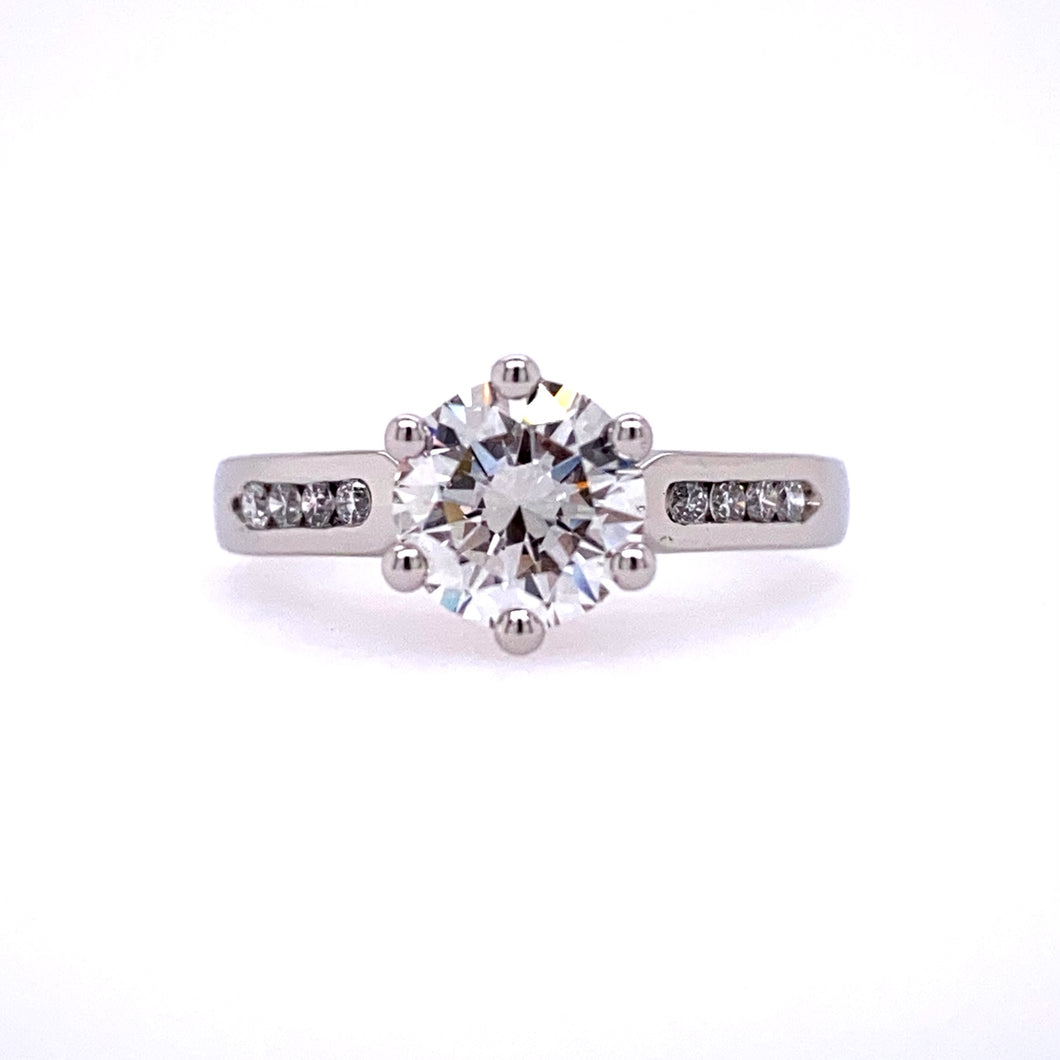Lady's Pt. Tall Trumpet Head Engagement Ring