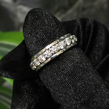 Load image into Gallery viewer, Eternity Washer Band Ring