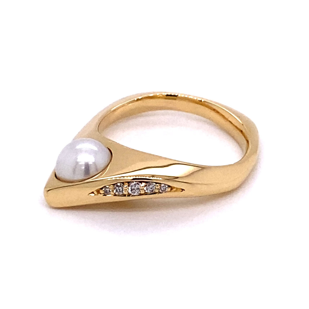 Pearl and Diamond Wave Ring