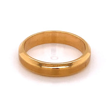 Load image into Gallery viewer, Gents 18kr Bevel Edge Matte Top Ring