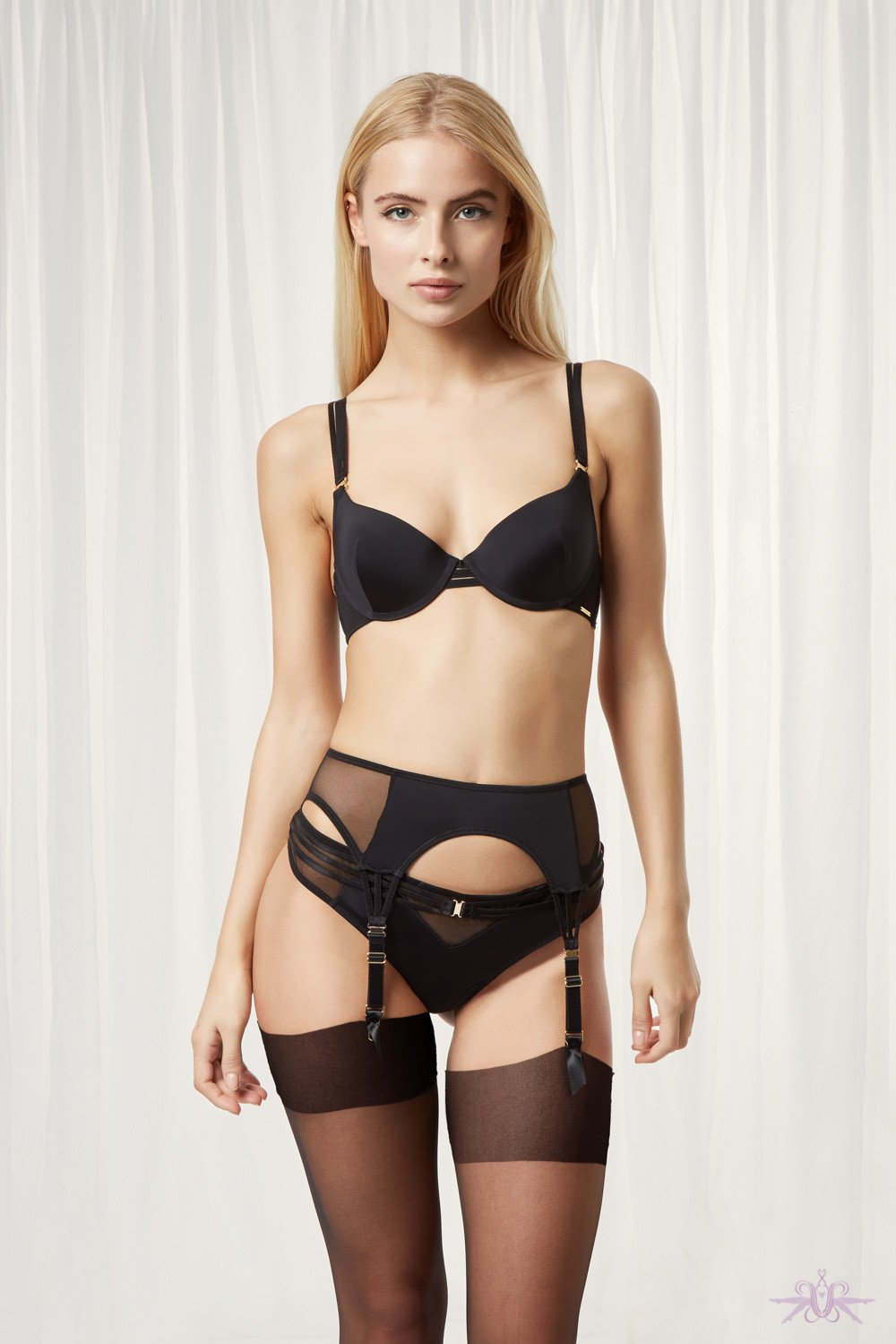 Bluebella Laura Suspender Belt - The Hosiery Box