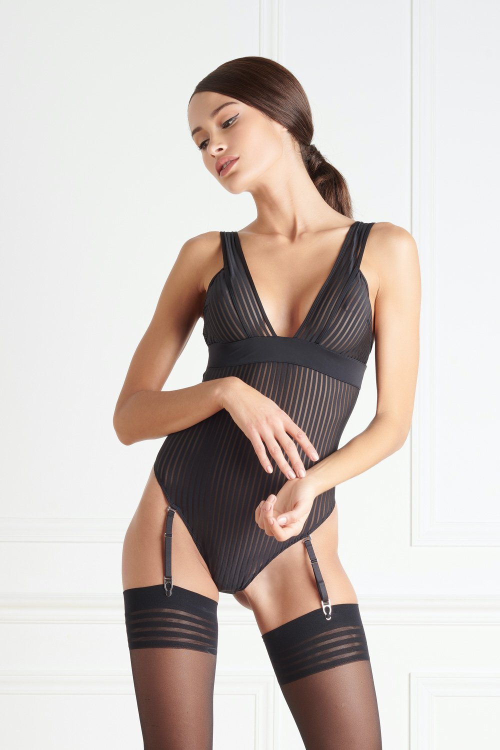 Maison Close Bande à Part V Neck Thong Body - The Hosiery Box
