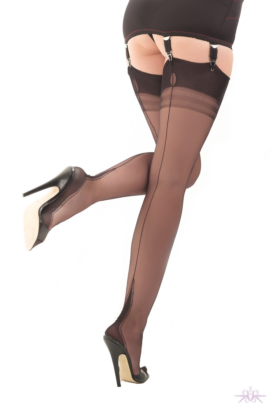 Gio Harmony Point Heel Fully Fashioned Stockings - The Hosiery Box