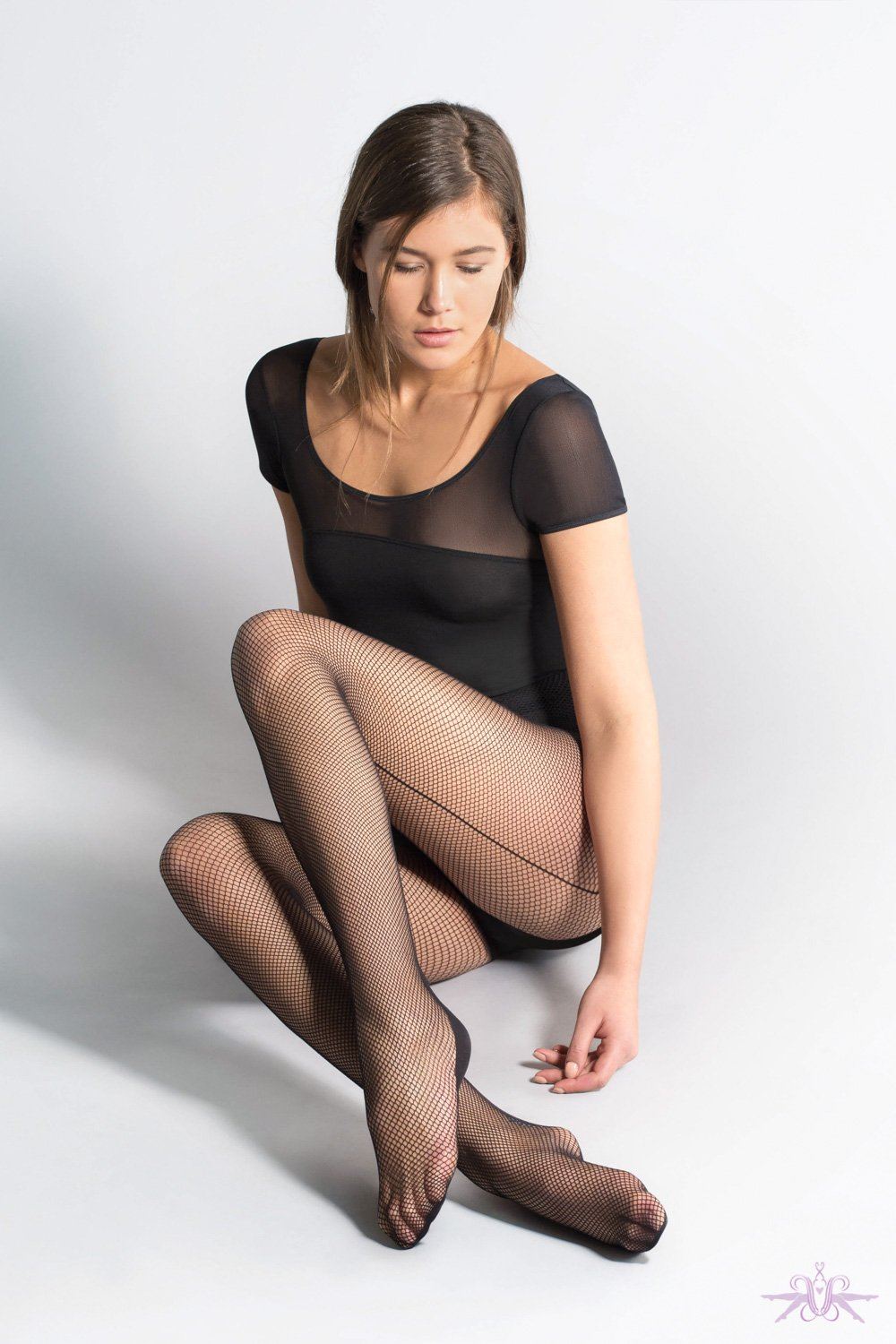 Jonathan Aston Fishnet Backseam Tights