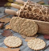 Embossed Rolling Pin  -  WoodenEarth