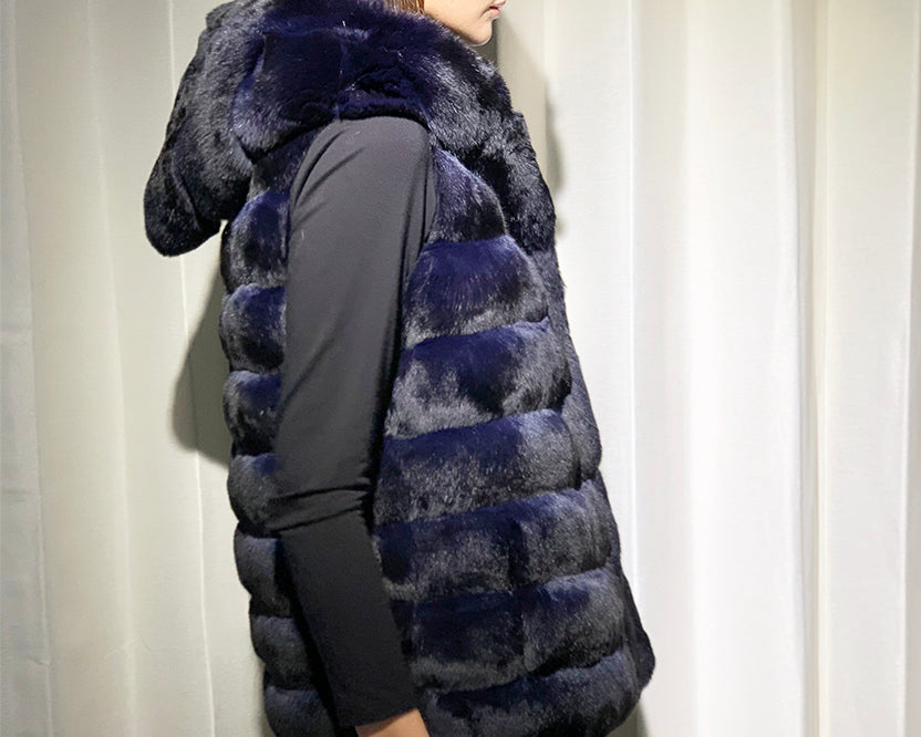 Chinchilla Vest with Cap in Dark Navy