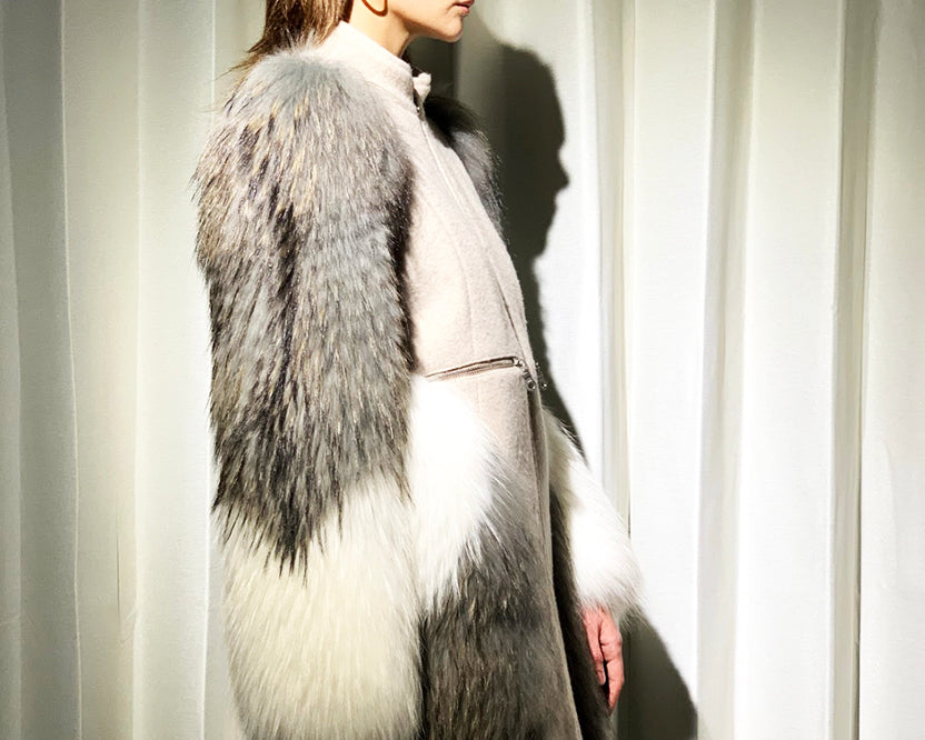 Cashmere Coat with Raccoon Fur