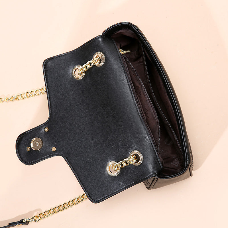 Bee Chain Luxury Bag