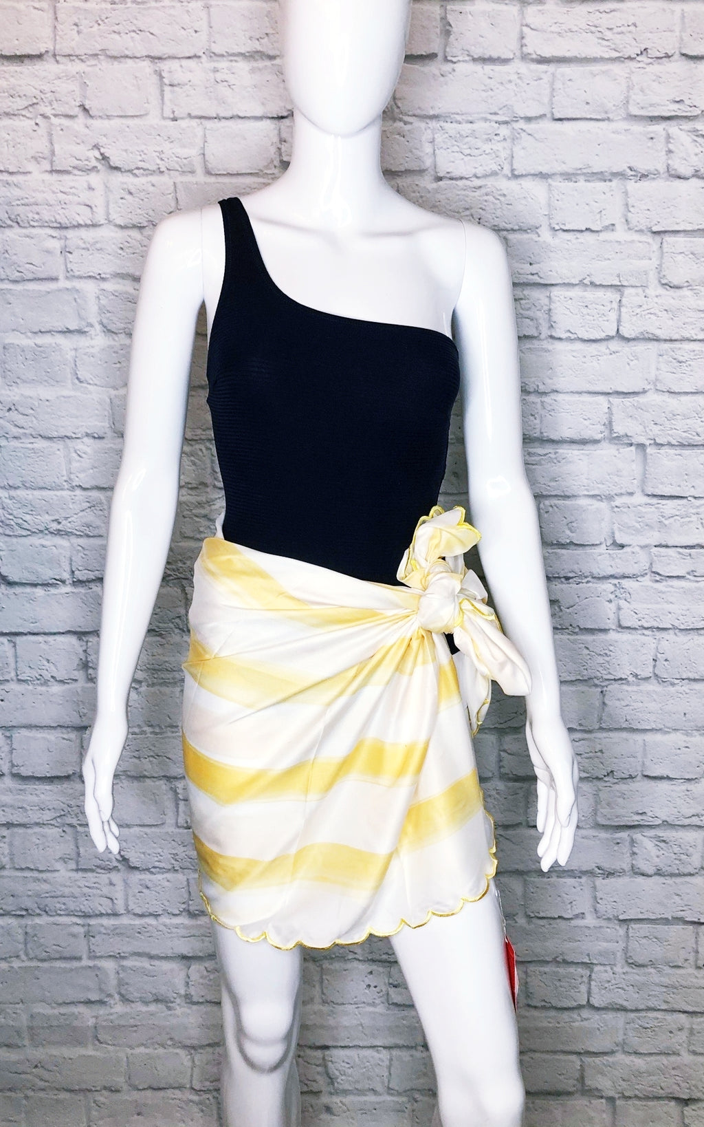 Man Repeller Yellow/White Scalloped Striped Sarong