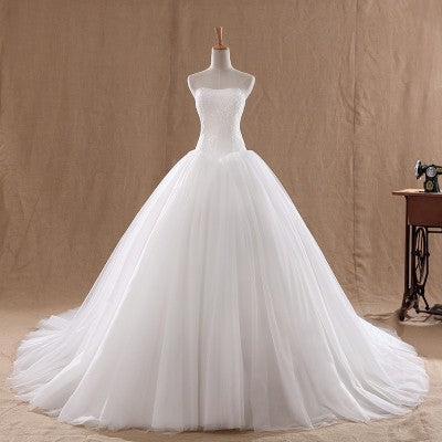The new style tube top thin and large size female tailed princess bride wedding wedding dress