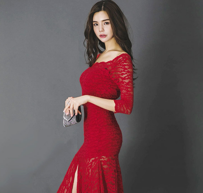 Ladies lace seven-point sleeve fishtail dress
